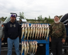 blue-dolphin-walleye-customer-2015-44