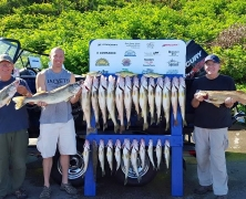 blue-dolphin-walleye-customer-2015-9