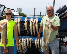 blue-dolphin-walleye-customer-2015-23