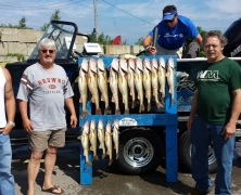 blue-dolphin-walleye-customer-2015-25