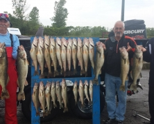blue-dolphin-walleye-customer-2015-32