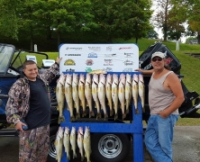 blue-dolphin-walleye-customer-2015-7