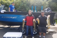 blue-dolphin-walleye-charter-customer-10