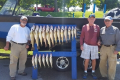 blue-dolphin-walleye-charter-customer-17