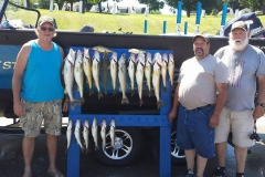 blue-dolphin-walleye-charter-customer-21
