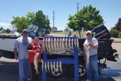 blue-dolphin-walleye-charter-customer-31