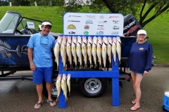 blue-dolphin-walleye-charter-customer-72
